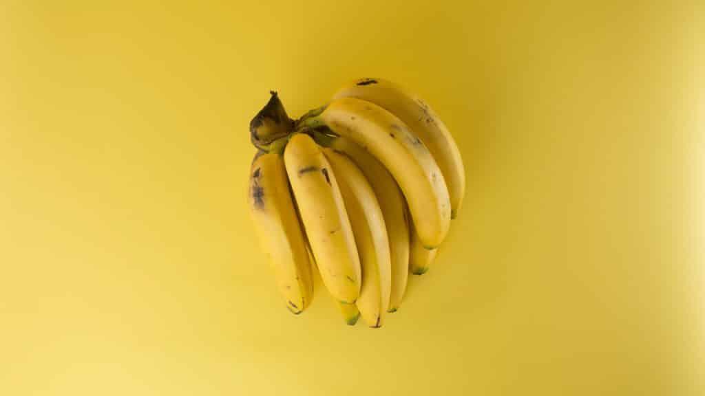 bananas-clipping-close-up-61127-e1557784687530-1024x576-5247125