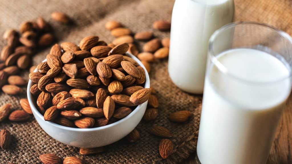 almond-almond-milk-bottle-1446318-1024x576-7345386